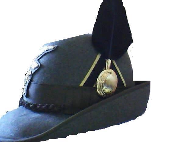 Finalmente istituito il distintivo di grado del ruolo sergenti per ... d52aa990f4f2